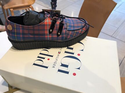 Tommy Hilfiger Gigi Hadid shoes