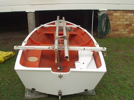 Sabot wooden sailing boat for Sale