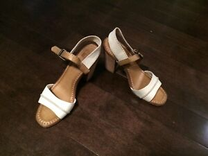 FRYE Company leather sandals size 7.5