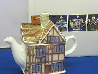 James Sadler  SHAKESPEARE'S COTTAGE  Collector Tea Pot, fine  china, england