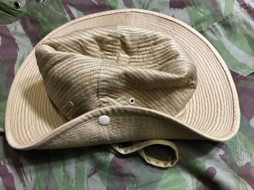 French Army Canvas Bush Hat Size 7 1/2 (60)