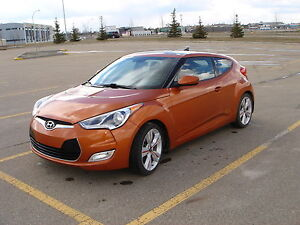 2012 Hyundai Veloster Tech Package - Low KM & Warranty til 2020!