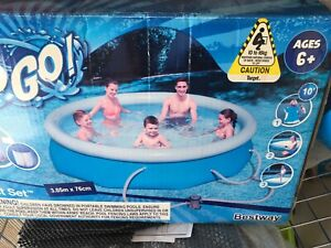 Inflatable swimming pool Landsdale Wanneroo Area Preview