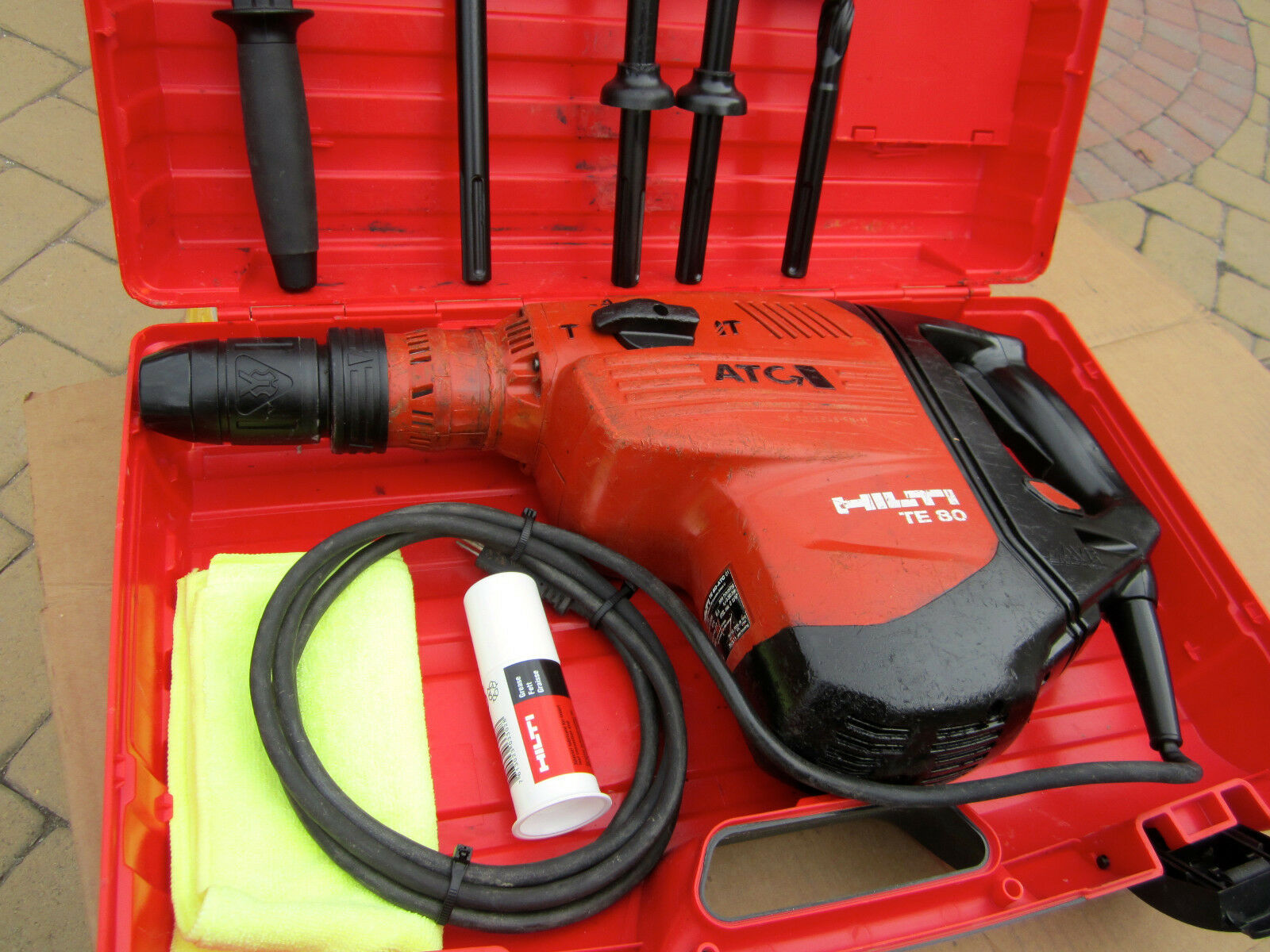 hilti te 80 atc avr combi hammer good condition made in. Black Bedroom Furniture Sets. Home Design Ideas