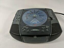 General Electric Dual Alarm Clock Stereo w/CD player & AM/FM radio GE 7-4897A