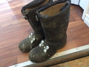 Size 9 steel toe boots