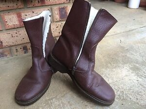Warm sheepskin lined boots Eden Hill Bassendean Area Preview