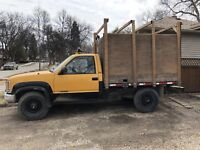Pickup/delivery & hauling Service.