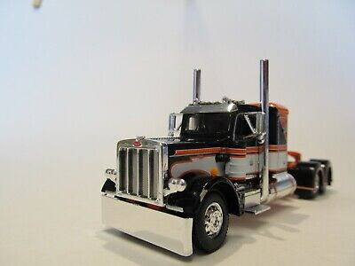DCP FIRST GEAR 1/64 SCALE 359 PETERBILT SMALL BUNK, BLACK, ORANGE & WHITE
