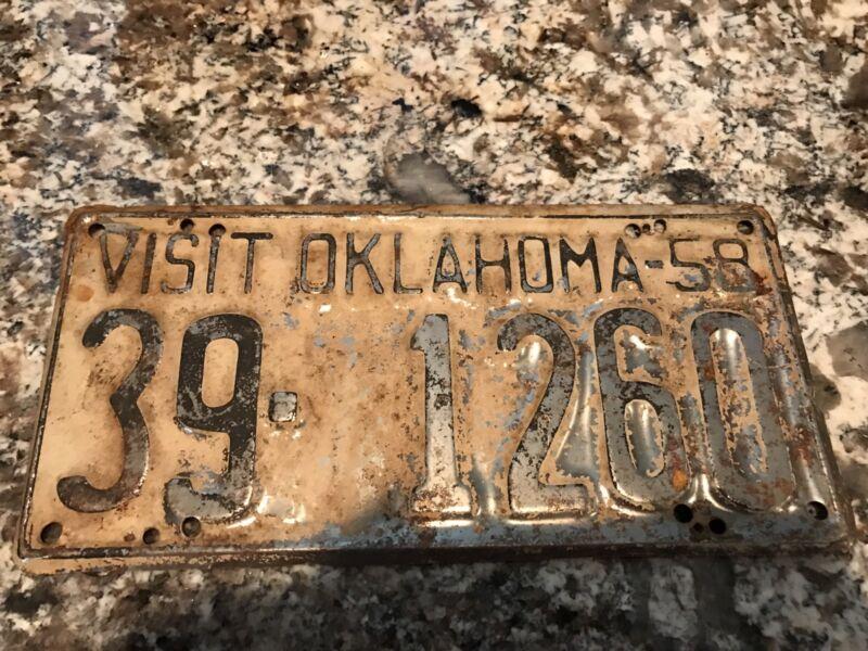 1958 Oklahoma License Plate 39 1260