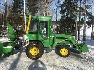 John Deere 855 Diesel tractor with snowblower