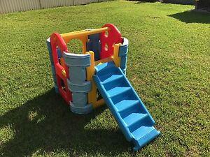Outdoor kids climbing frame Greystanes Parramatta Area Preview