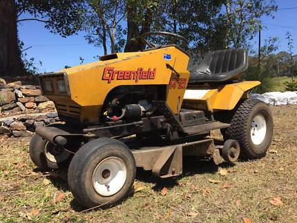 Greenfield 14HP Ride on mower Tweed Heads Area Preview