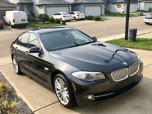 2011 BMW 550i XDrive FULLY LOADED