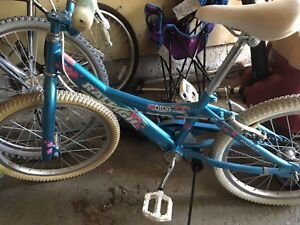 Great bike for 8-9 year old girl