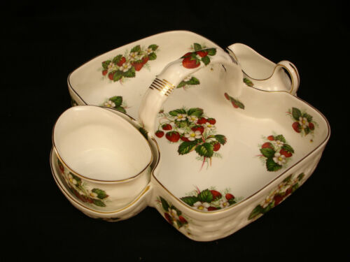 Strawberry Ripe by Hammersley STRAWBERRY BASKET W/ CREAMER & SUGAR 12""