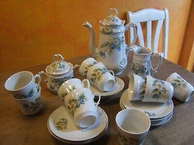 Service à café en porcelaine 1900......décor fleuri , forme art nouveaux 25 pcs