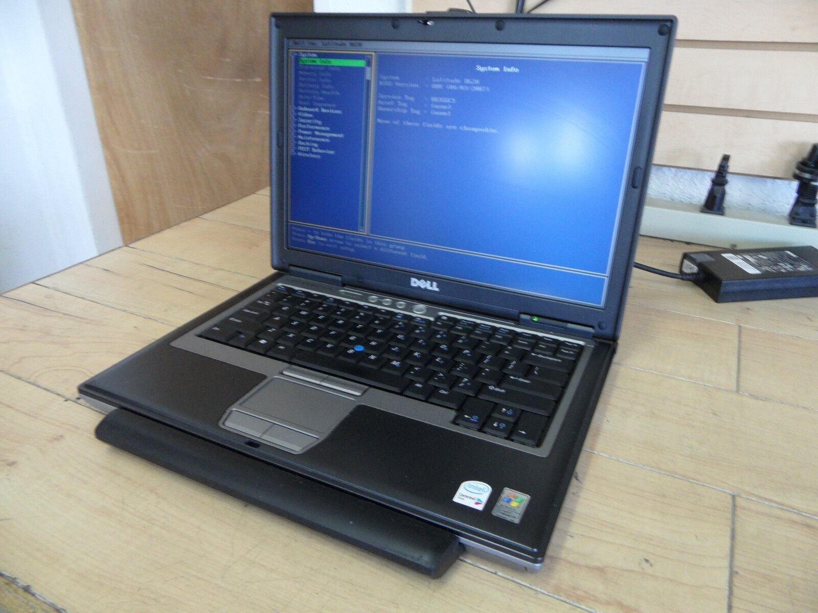 Dell Latitude D620 Laptop For Parts Posted Bios 160GB Hard Drive Wiped *