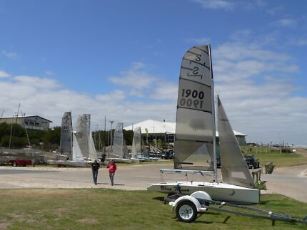 NS14 Aero 10 sailing dinghy in excellent condition