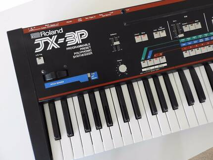 Roland JX-3P synthesiser with PG-200, stand and carry case