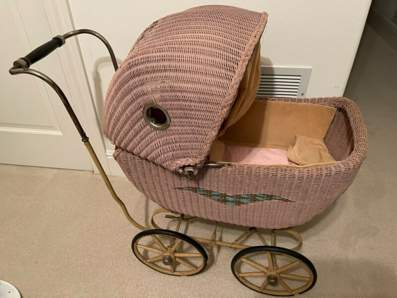 Rare Antique Vintage Wicker Metal Baby Buggy/Stroller/Carriage!