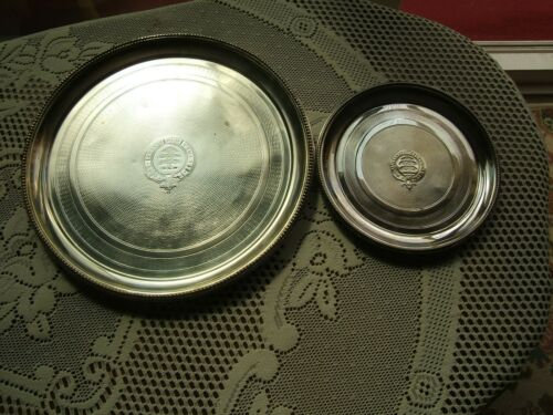 A PAIR OF MAPPIN & WEBB  SILVER PLATED CIRCULAR TRAYS