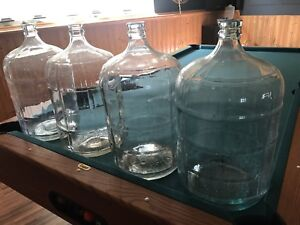 4 glass 18.9 L carboys