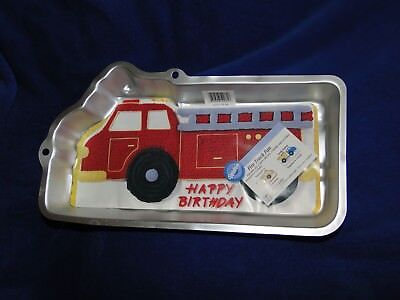New Vintage Wilton Fire Truck Cake Pan  2105-2061 with instruction booklet - Fire Truck Cake