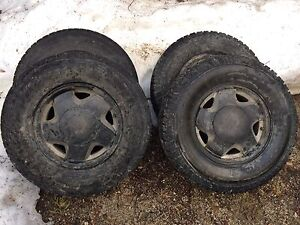 Set of 4 245/75r16 tires