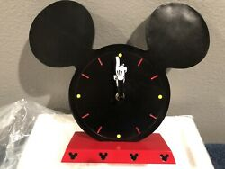 Disneyland Mickey Mouse Table Clock New In Box