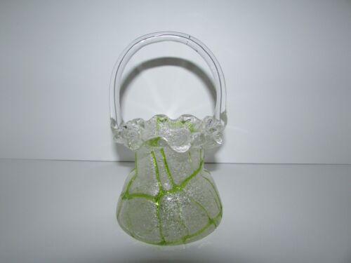 Antique Bohemian Kralik Veined Art Glass Basket 718