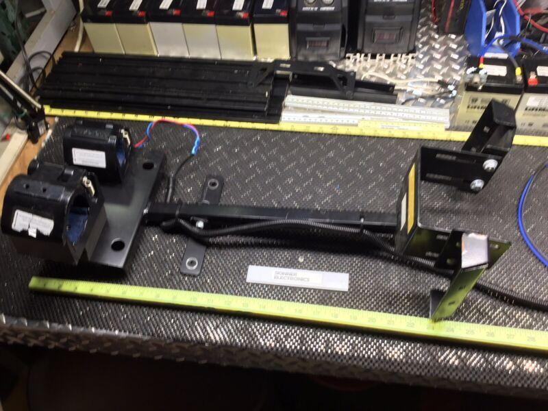 Pro-Gard Dual .Vehicle Gun Holder Law Enforcement, Power/Key Release Locks