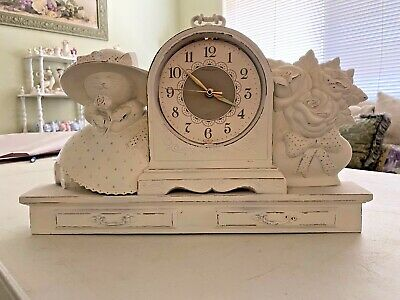 "White Resin clock with two cats, wall hanging. W 15"" X H 9 1/2"""