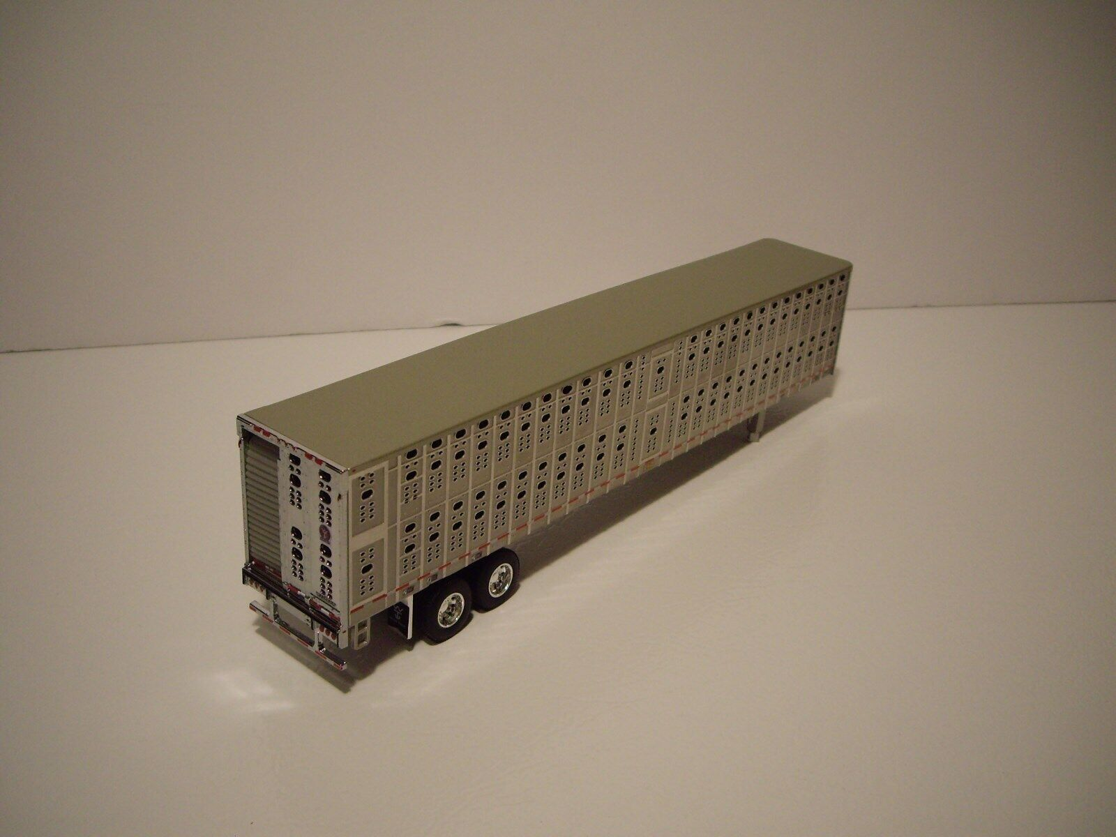 DCP FIRST GEAR 1/64 WILSON SILVER FORWARD TANDEM AXLE PSAL LIVESTOCK  4