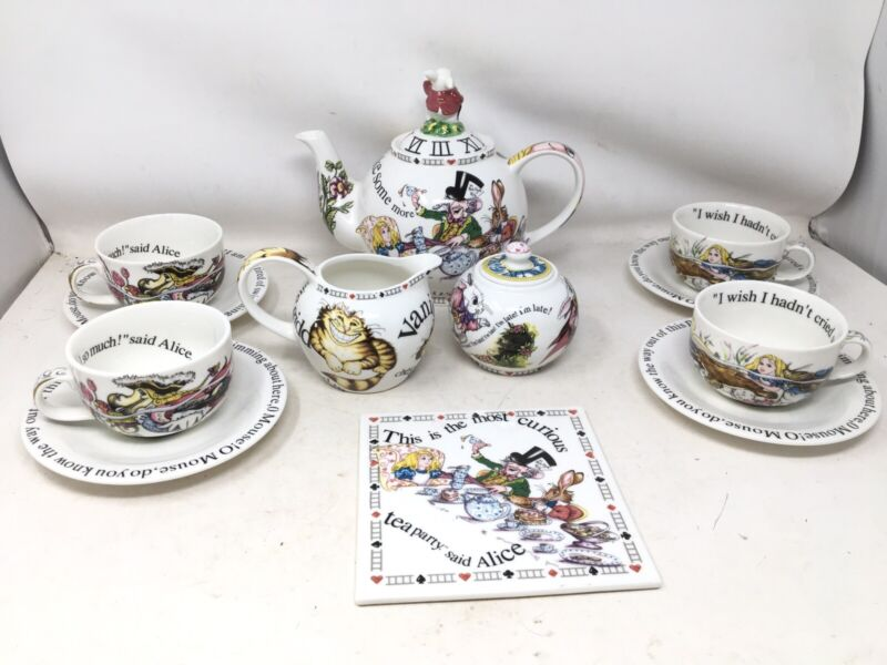 Vintage Paul Cardew ALICE IN WONDERLAND Full-Sized 14 Piece Tea Set  READ