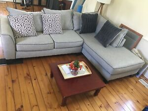 Sectional couch sofa grey with chaise longue