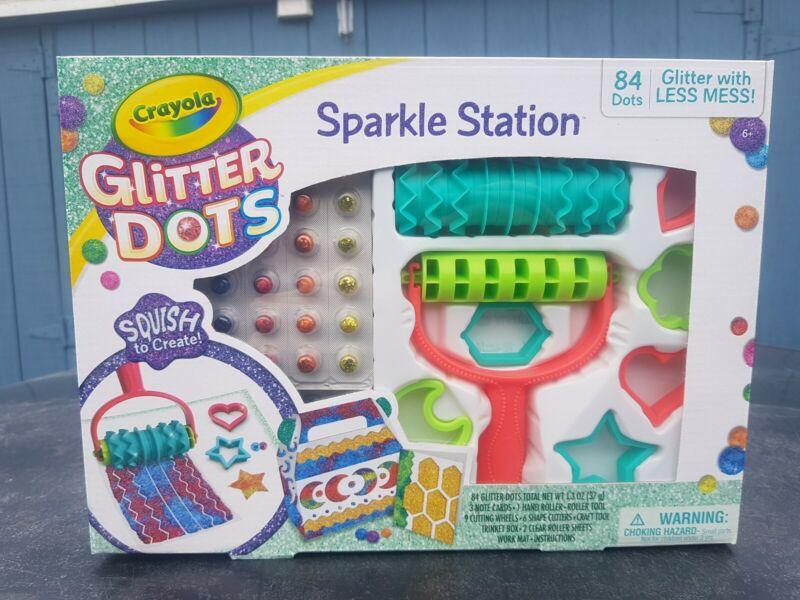 Crayola Glitter Dots Sparkle Station Craft Kit, Gift for Kids Age 6+
