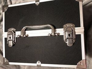 Makeup or Jewellery Case Organizer with keys