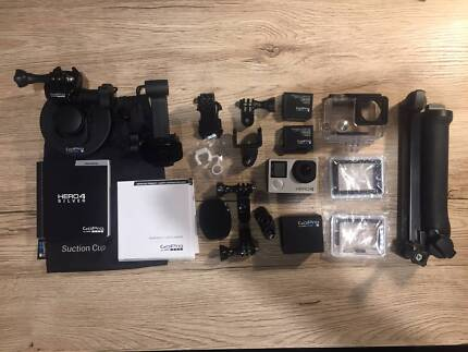GoPro Hero 4 Silver plus 3-Way, Dual Battery Charger, Suction Cup