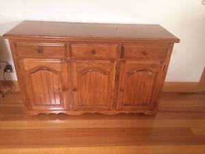 buffet in melbourne region vic other furniture. Black Bedroom Furniture Sets. Home Design Ideas