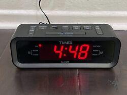 Timex T236BQX FM Dual Alarm Clock Radio with USB Mobile Device Charge Port, Blac