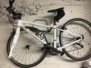 Vélo Trek  hybride petit à vendre