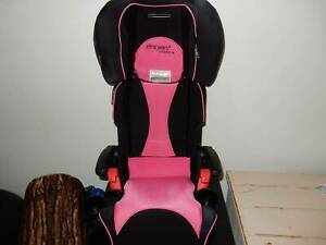 first years compass booster seat, lovely condition, legal