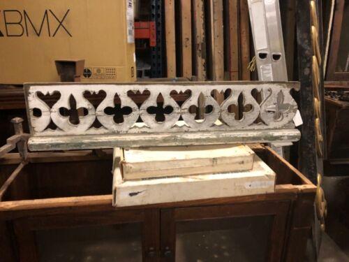 """Circa 1880 vintage porch spandrel pediment Gothic detail white paint 39.5/9.5/3"""""""