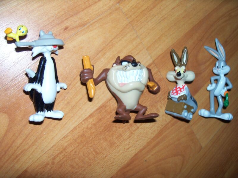 Looney Tunes Set 4 Cake Toppers Sylvester Taz Wile E Bugs Applause Warner Bros