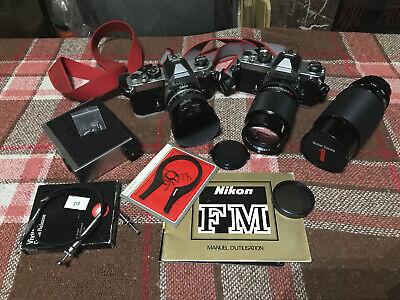 Appareils photo Nikon Fm + objectifs et petit accessoires