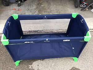 Playpen Oversized by Hauck - great to keep your pets or