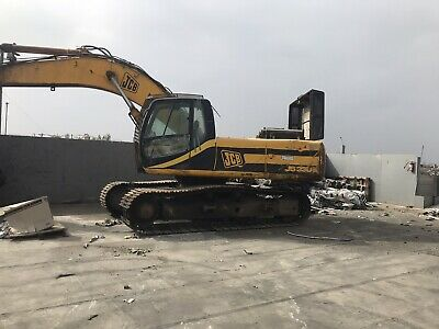 Jcb Js330 Excavator - Enclosed Cab Runs Good Needs New Rollers