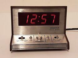 Vintage Spartus Solid State Digital Alarm Clock Model No 21 3004 500