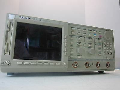 Tektronix Tds 744a Color Four Channel Digitizing Oscilloscope 500 Mhz 2 Gss